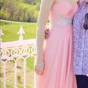 Gorgeous pink prom dress.